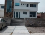 Venta Casa en ND Vista Real y Country Club Corregidora - Foto 1