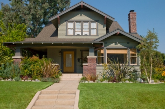 Mexicanos invierten 5 mil mdd en vivienda en eu for Casa bungalow california